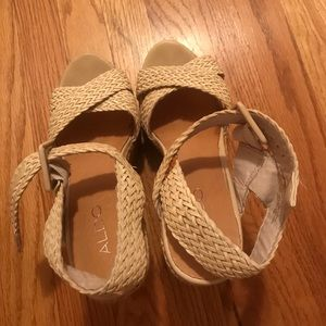 Aldo wedge sandals 👡 (worn once only!)